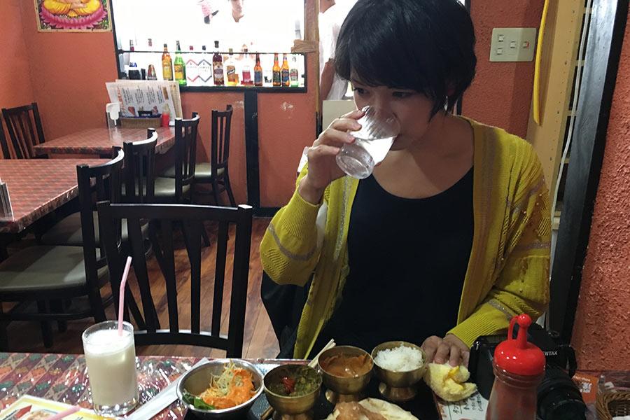 ランチセット(2種類のカレー)はマイルドで程よく辛く、なによりおいしい