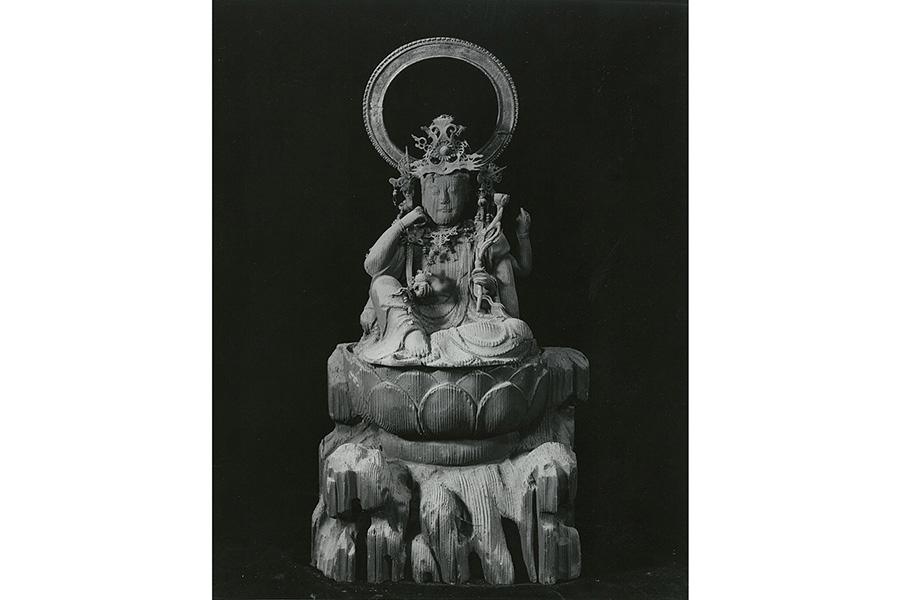初公開される「第十八番札所 六角堂 頂法寺」の秘仏「如意輪観音鞘仏」は、本尊を体内に納めることができる鞘仏(さやぼとけ)
