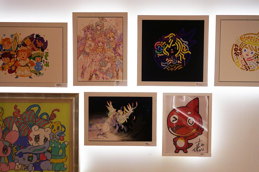 人気少女漫画家・種村有菜の作品に加え、タレント高橋みなみが描いたオラゴンも