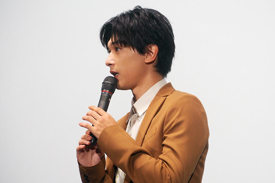 映画『あのコの、トリコ。』の大阪舞台挨拶に登場した吉沢亮(8日・大阪市内)