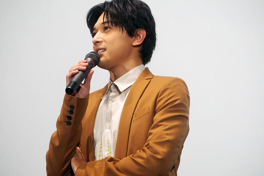 映画の見どころなどについて語った主演の吉沢亮(8日・大阪市内)