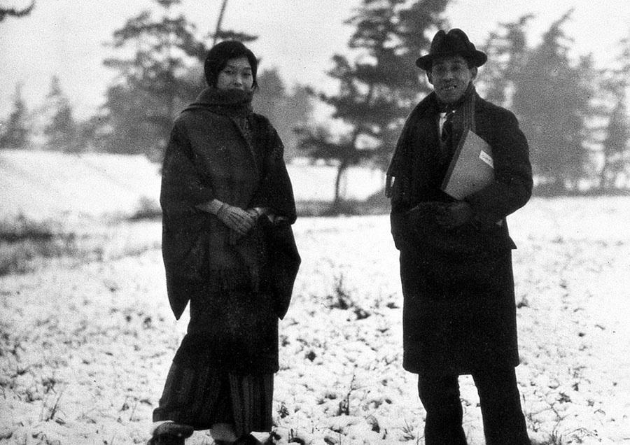 小出楢重 妻重子と 1928年