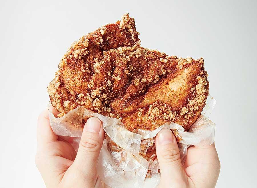 「鶏排(チーパイ)」は大972円、小540円