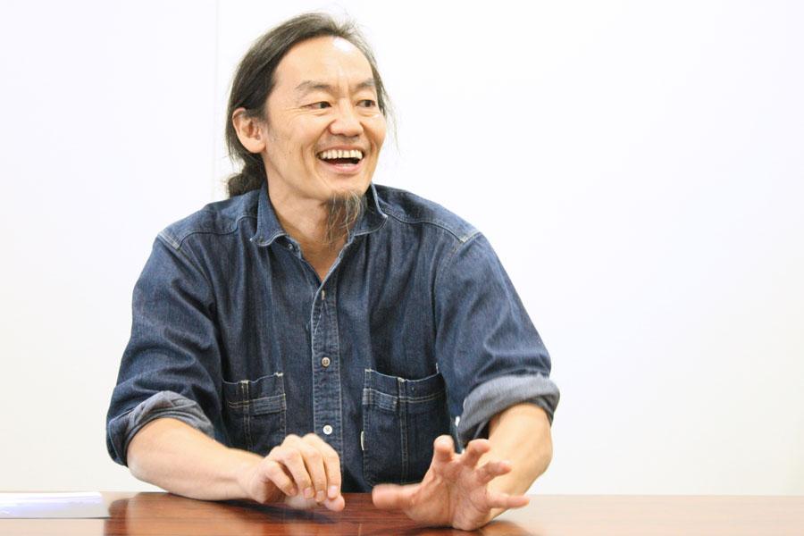 今年50歳を迎えた近藤は、「知的にやりたい放題ができる年なんですよね。そう思えば人生は楽しい」と笑った