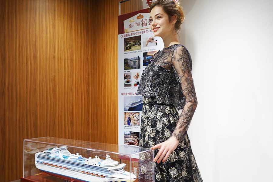 ドレス、エステ、写真撮影、豪華客船でのスイートルームが付く「ドレス&ビューティー&クルーズ 平成最後に自分へご褒美福袋」