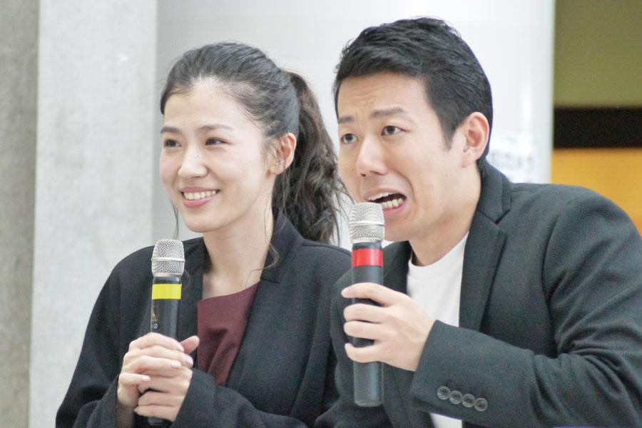 会場に集まった視聴者らと交流を楽しんだ呉城久美と藤山扇治郎