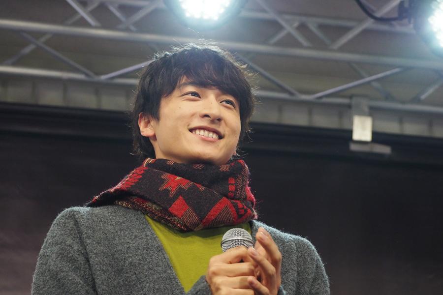 「僕の気持ちは変わらないよ」という亜哉のセリフを言い、大歓声を浴びた小関裕太(20日、大阪市内)