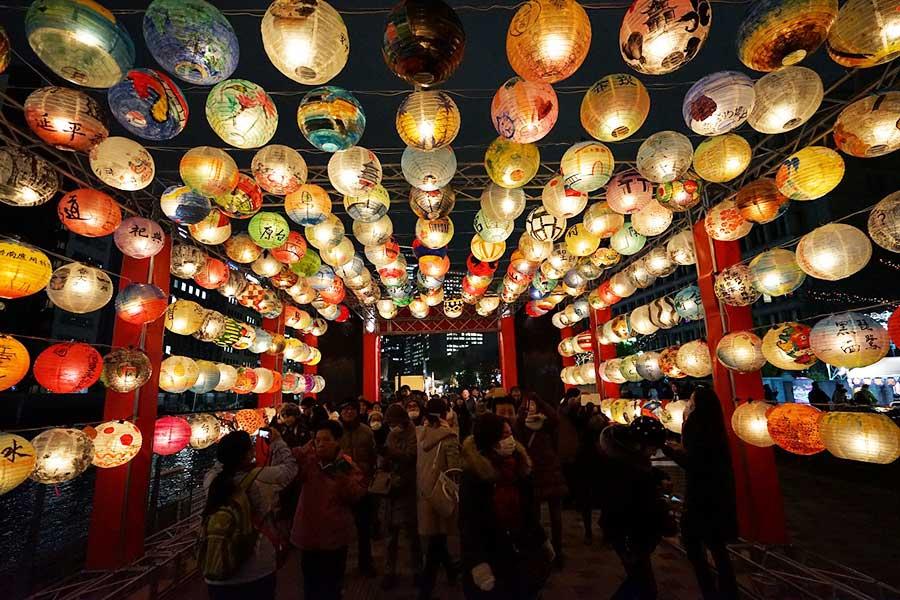 1000個のランタンが登場する「台南・光の廟珵」