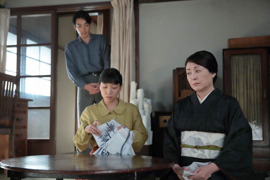 真一(大谷亮平)から、仕事のやり方を教えてほしいと頼まれる鈴(松坂慶子)だが・・・