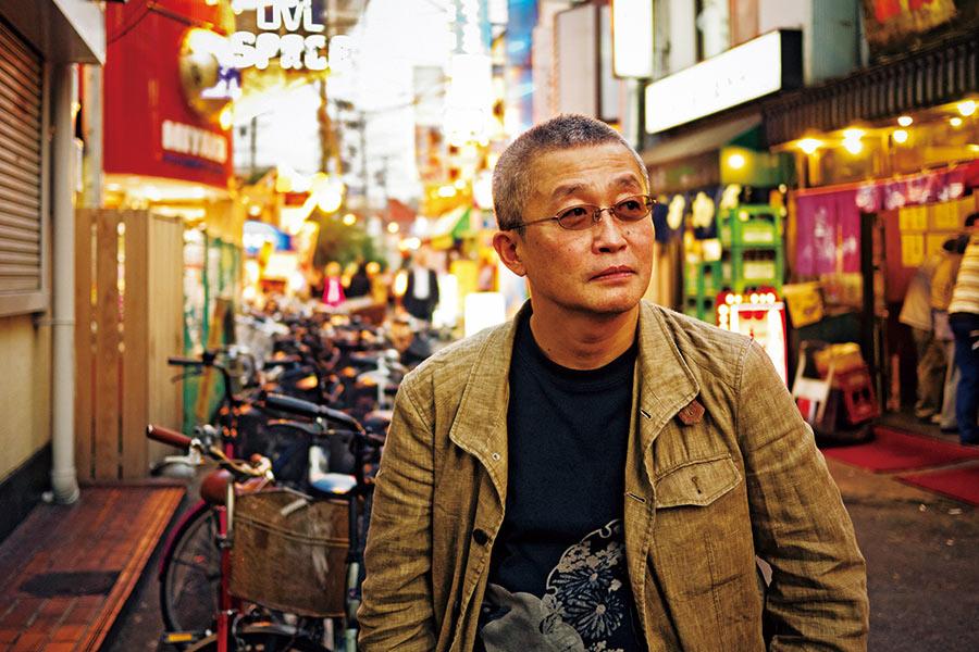 月刊誌『Meets Regional』(2011年12月号)より、在りし日の勝谷誠彦氏(写真/okajimax)