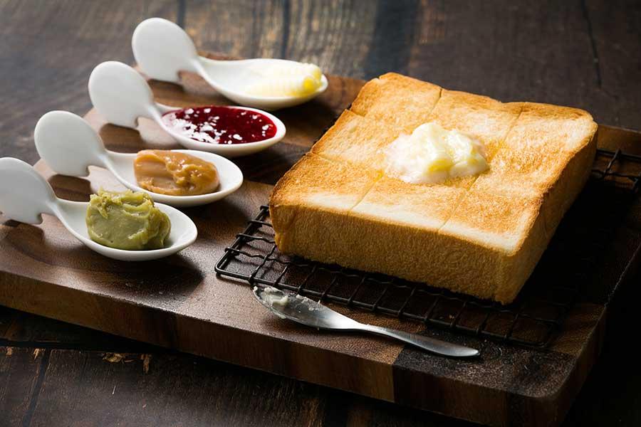 人気のカスタマイズトースト。ジャムやバターはオプション
