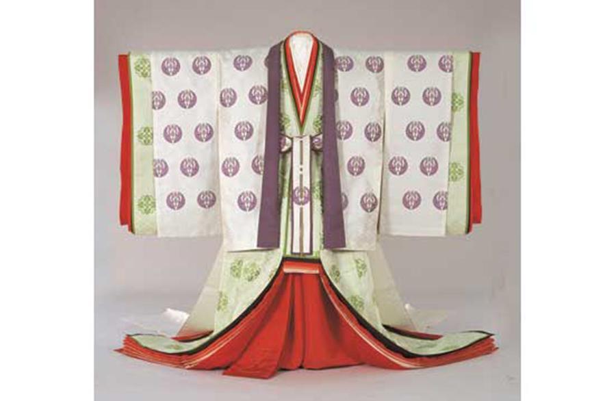 皇后陛下 御装束 御五衣 御唐衣・御裳 写真提供:宮内庁