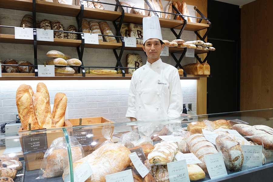 「カバン ドゥ ブルディガラ」では、好きなサイズでパンを購入できる