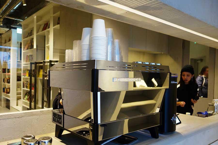 コーヒーは大阪初登場となる「Coffee Supreme」の豆を使用