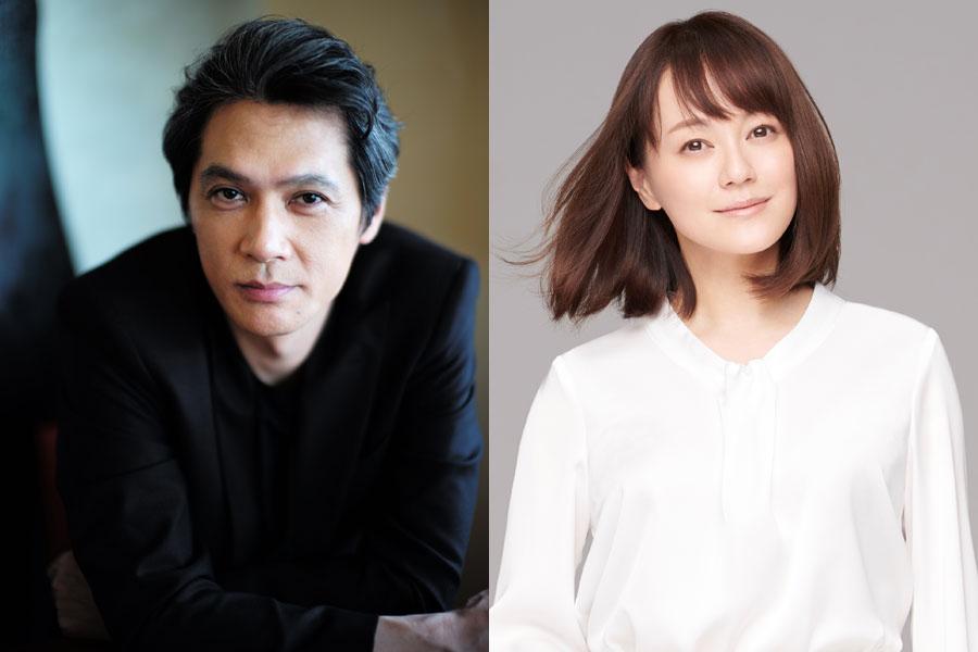 連続テレビ小説『まんぷく』の後半で、喫茶店のマスター夫婦を演じる加藤雅也(左)と牧瀬里穂