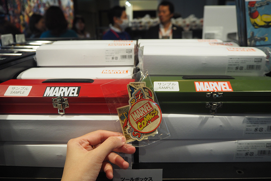 ステッカーで自分好みにカスタムできる「ツールボックス」(1620円)も人気だとか