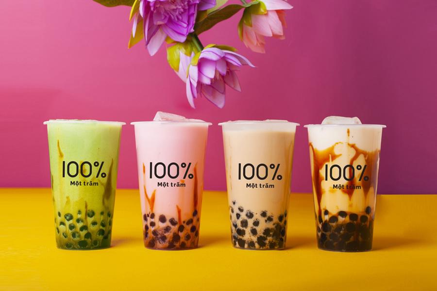 左から、宇治抹茶ミルク、イチゴアールグレイ、ミルクティー、沖縄黒糖ミルクのタピオカミルクティー