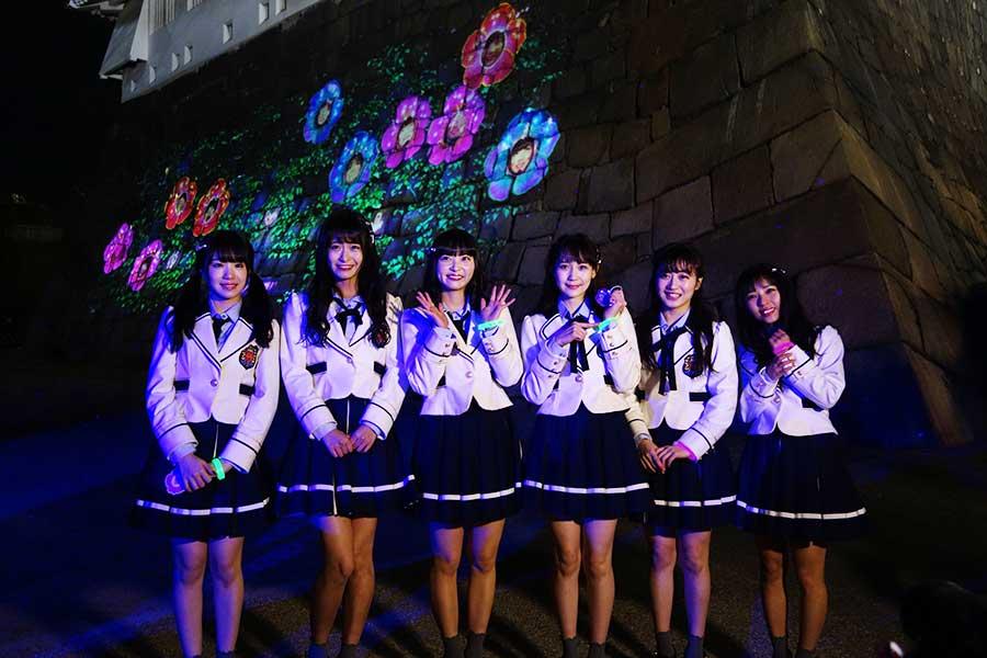 NMB48メンバーも訪れ、「イルミネーションって普段は見るというものだと思うんですけれども、体験できるというのが新しい。メンバーもキャーキャー言いながら楽しめた」と、山尾利奈