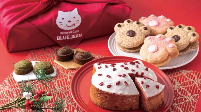 フランボワーズの「いろねこバターケーキ」(手前)が新登場。3100円(税込)
