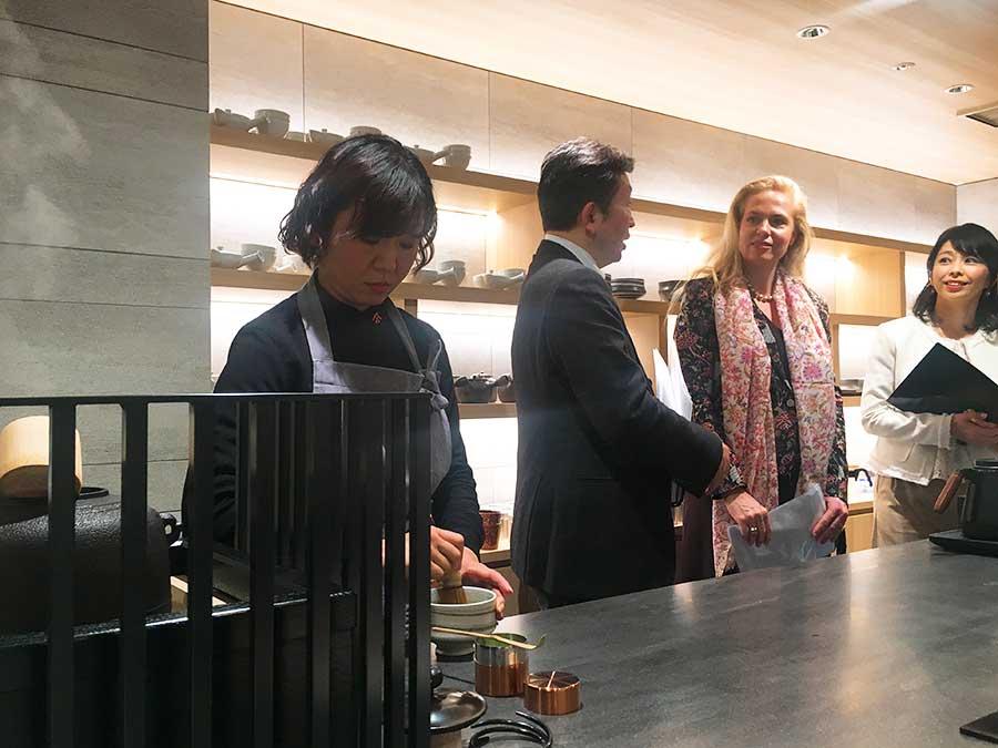 内覧会では、フランスのサブレブランド「ラ・サブレジエンヌ」代表によるセミナー。「フランスと京都の織りなす味わい」をテーマに300年以上の歴史あるサブレと一保堂の抹茶のマリアージュが提案された