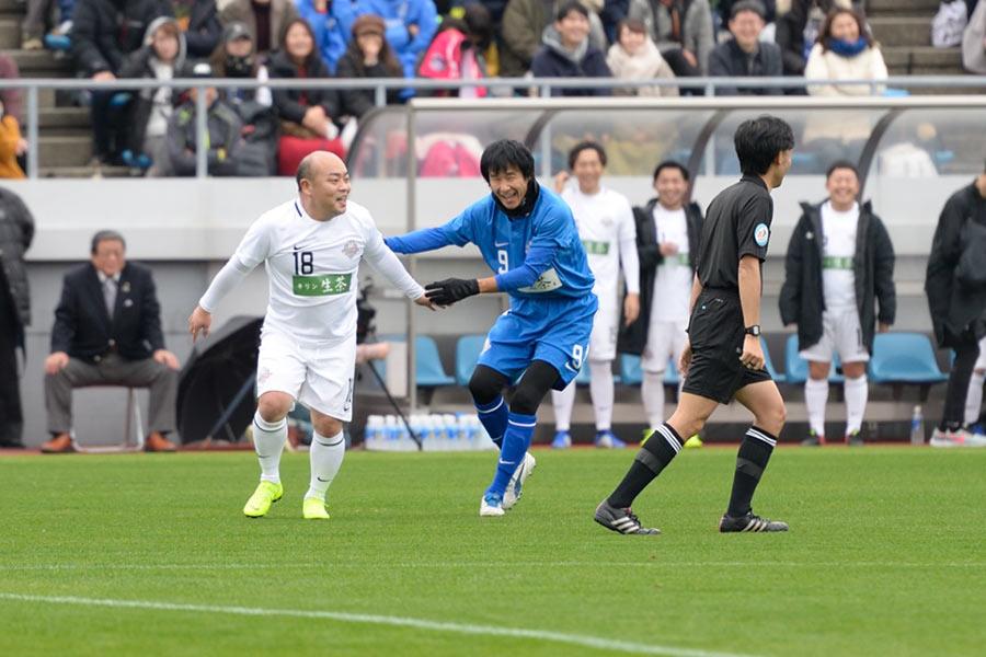 ボールに触れるたびに観客が盛り上がった、ゴン中山とギャロップ林の攻防(23日・堺市)