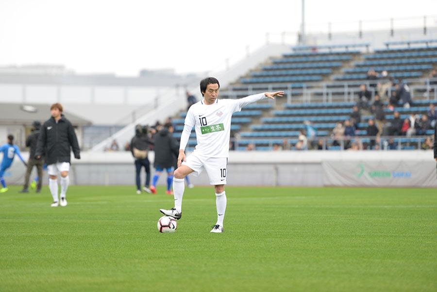 高校時代、サッカーの強豪校・市立船橋で活躍したペナルティのワッキー(23日・堺市)