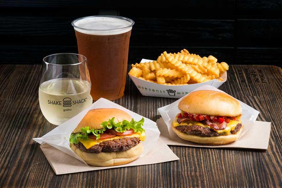 ハンバーガーに合う、アルコール類も充実