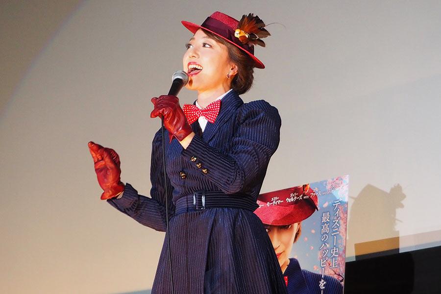 『スーパーカリフラジリスティックエクスピアリドーシャス』『幸せのありか』を熱唱した平原綾香(18日・大阪市内)