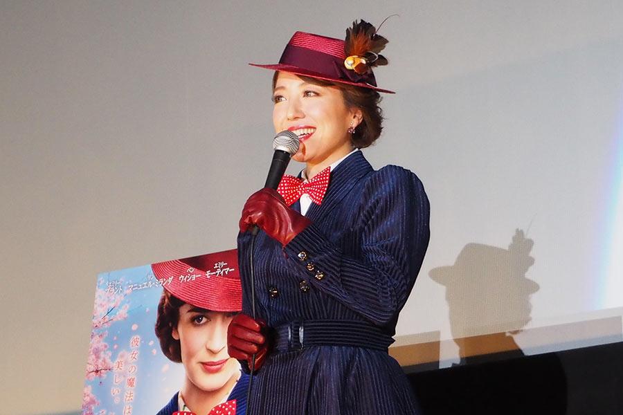 映画『メリー・ポピンズ リターンズ』の試写会に登場した歌手の平原綾香(18日・大阪市内)