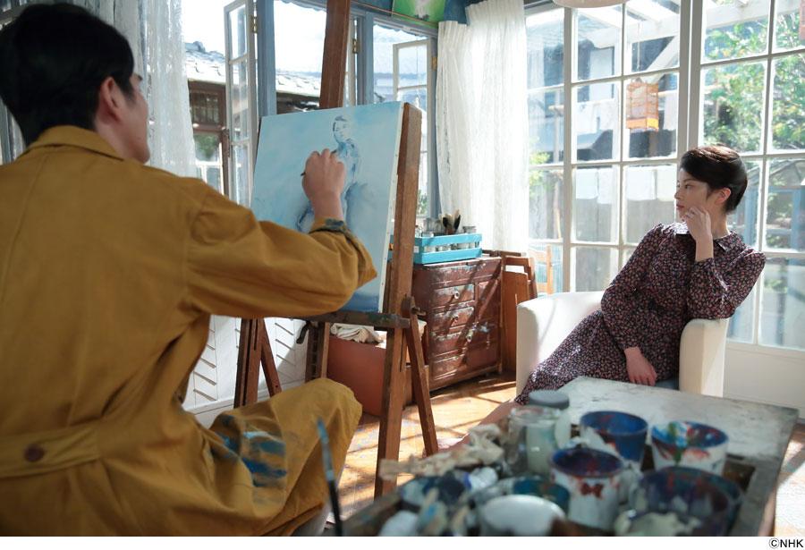さとうをモデルに香田忠彦(左・要潤)が熱心に美人画に取り組むと、香田家を不穏な空気が流れる
