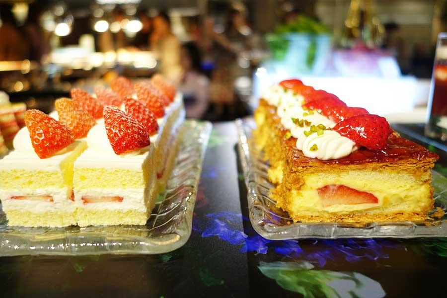 ナポレオンパイやショートケーキは定番の人気商品