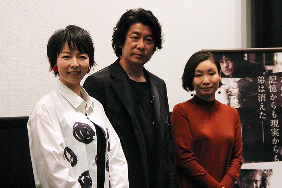 左から、菜葉菜、永瀬正敏、甲斐さやか監督(3日・大阪市内)