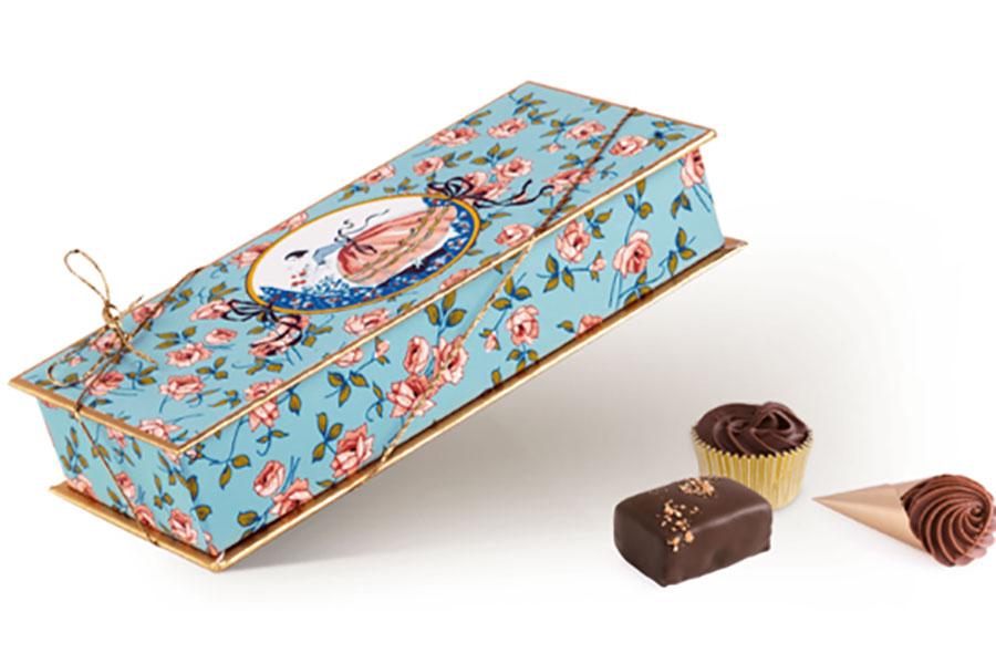「マダム ドリュック」の定番で、贈答用に人気のチョコレート「Rosine」(4000円)