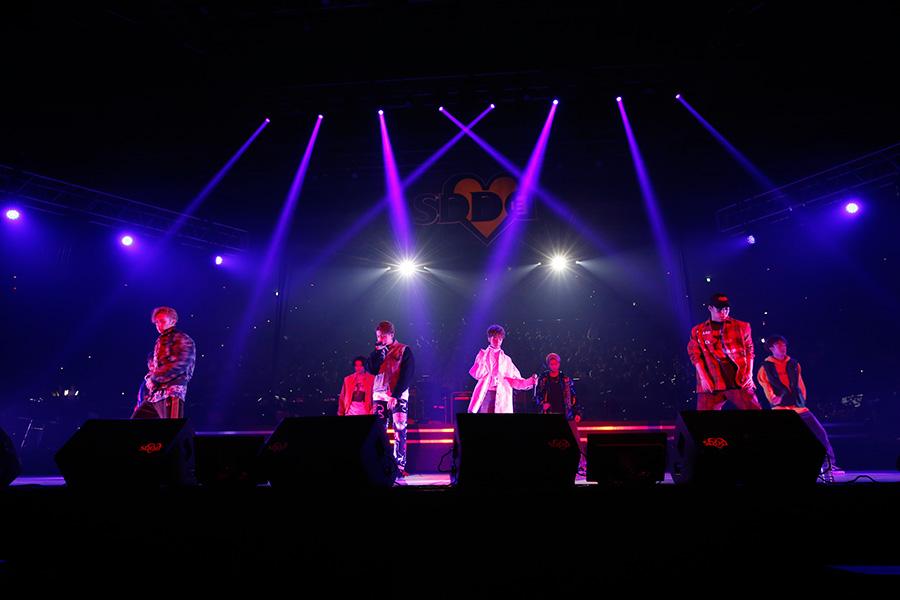 大迫力のパフォーマンスで会場を盛り上げたFANTASTICS from EXILE TRIBE(23日、大阪城ホール)写真:LIVE SDD 2019 official Photo