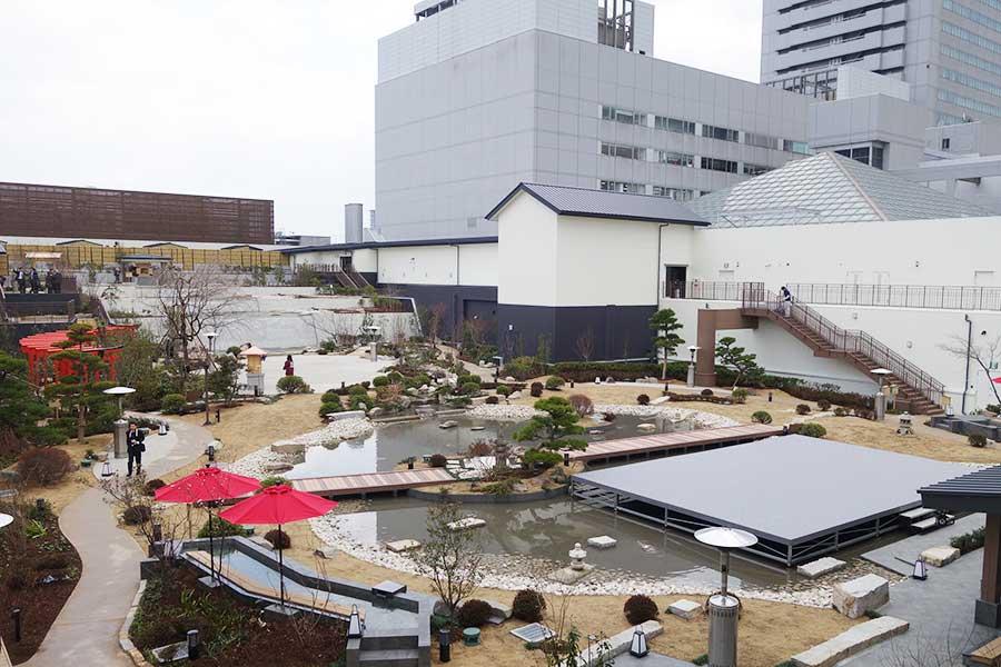 1000坪もある広い日本庭園