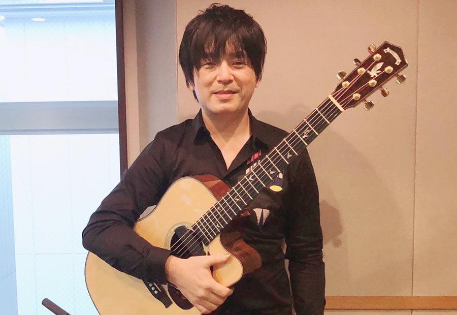『KYOTO AIR LOUNGE』に出演した押尾コータロー(19日・α-STATIONスタジオ)
