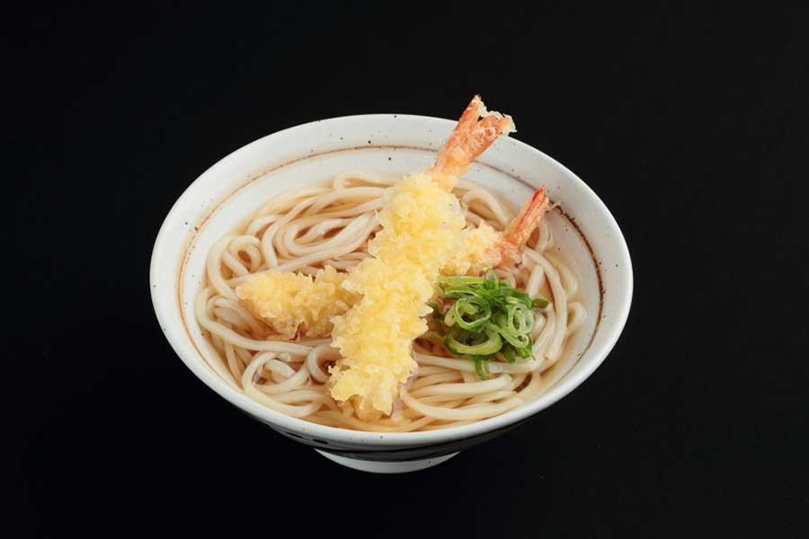 揚げ立ての天ぷらが楽しめる「粋麺 あみ乃や」