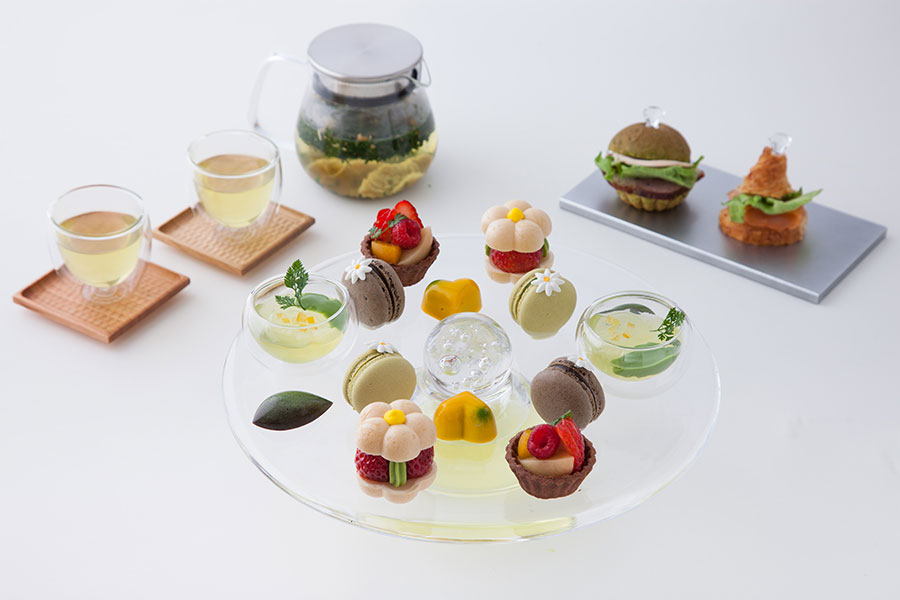 ハーブティーやお茶と、さまざまなスイーツの組み合わせを楽しむ「アフタヌーンティーセット」(価格未定)