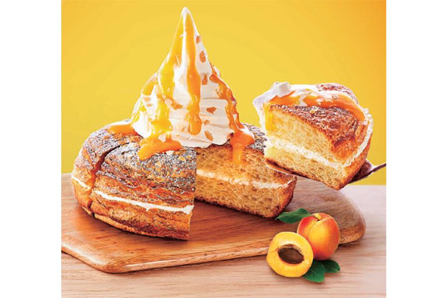 季節のシロノワール「チーズタルト」(750円もしくは770円・価格は店舗により異なる)