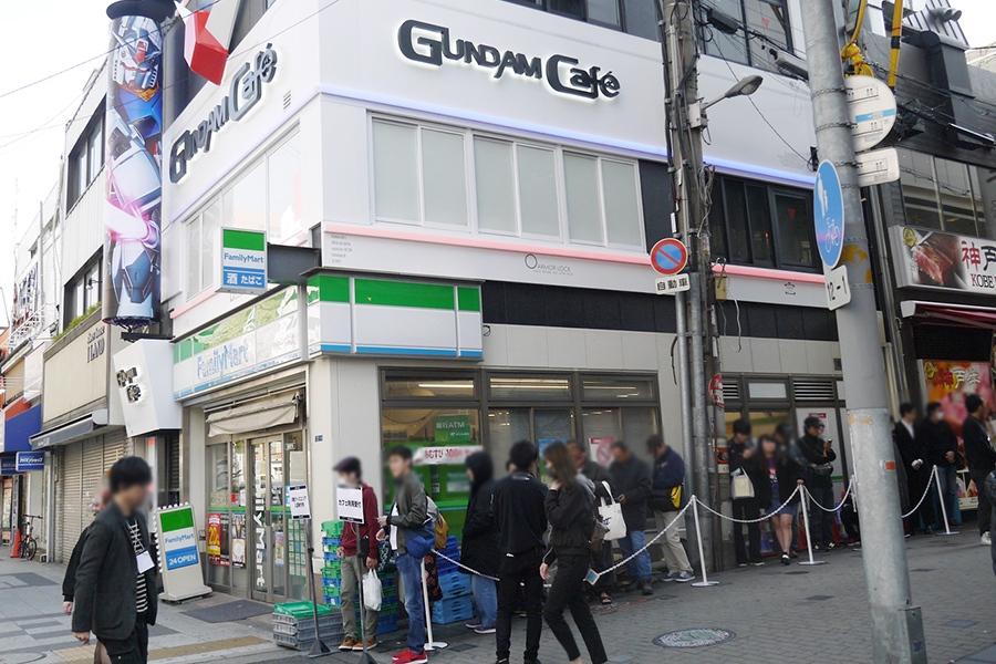 大阪のメインストリート・御堂筋沿いにオープンした「GUNDAM Cafe大阪道頓堀店」
