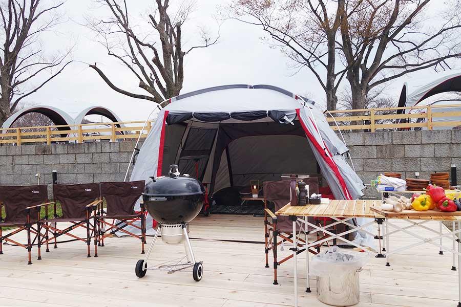 Bエリアの1区画2000円のテント