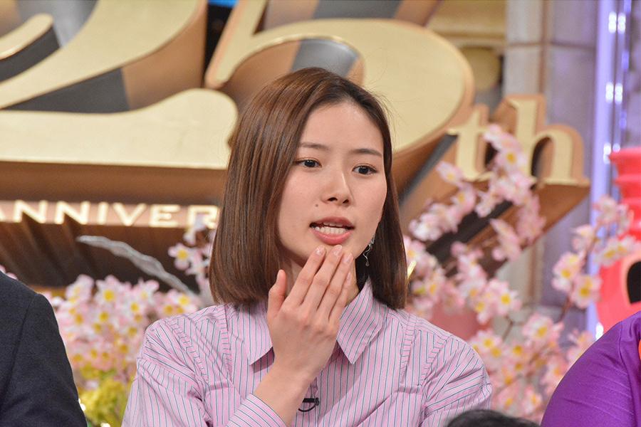 3月28日放送の『ダウンタウンDXDX』ゲストの朝日奈央 © ytv