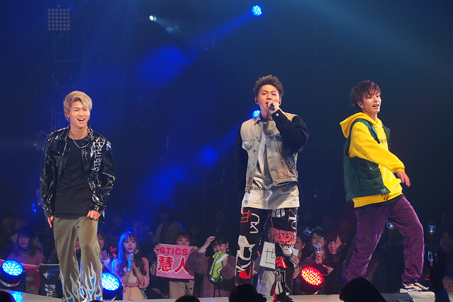 『神戸コレクション 2019 S/S』に出演したFANTASTICS from EXILE TRIBE(3日・神戸市内)