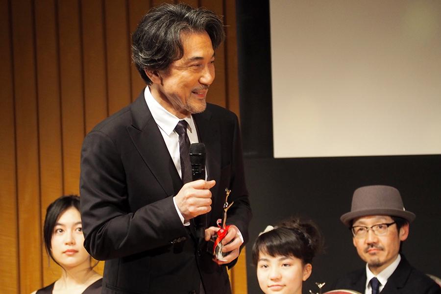 『おおさかシネマフェスティバル2019』で、主演男優賞に輝いた役所広司(3日・大阪市内)