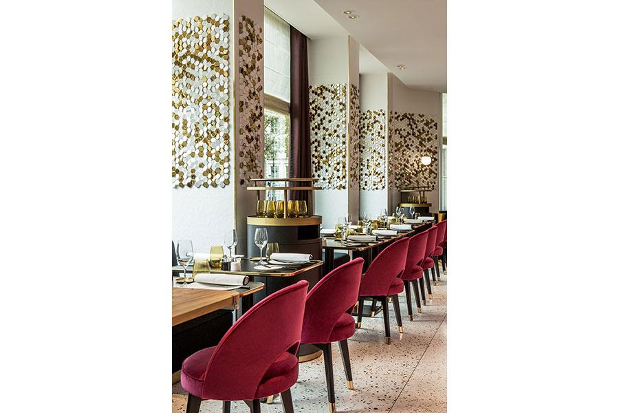 パリのホテル「フォション・ロテル・パリ」に併設された「グランド・カフェ・フォション」