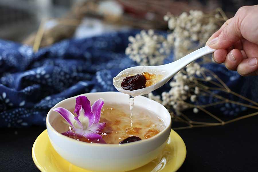 西太后も愛したという中国宮廷デザート「雪燕窩」