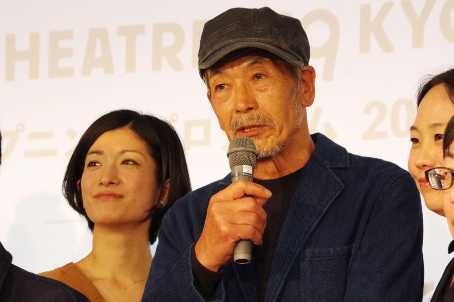 「劇場の仕事をまたやろうと思った矢先にこの話を聞いて、がんばろうと」と話す、連続テレビ小説『まれ』にも出演したダンサーの田中泯