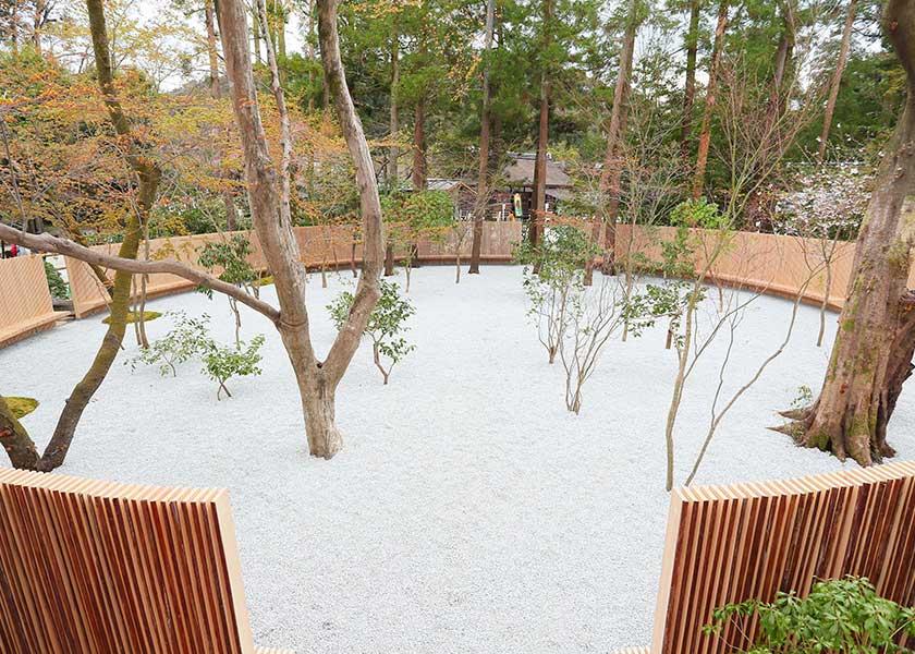 「上賀茂神社の歴史を表しました。2600本という数を目の当たりにすることで感じるものがあれば」と、長谷川豪さん
