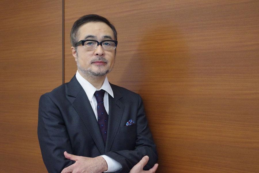 宮藤官九郎や阿部サダヲらが所属する劇団・大人計画の主宰を30年つとめる松尾スズキ