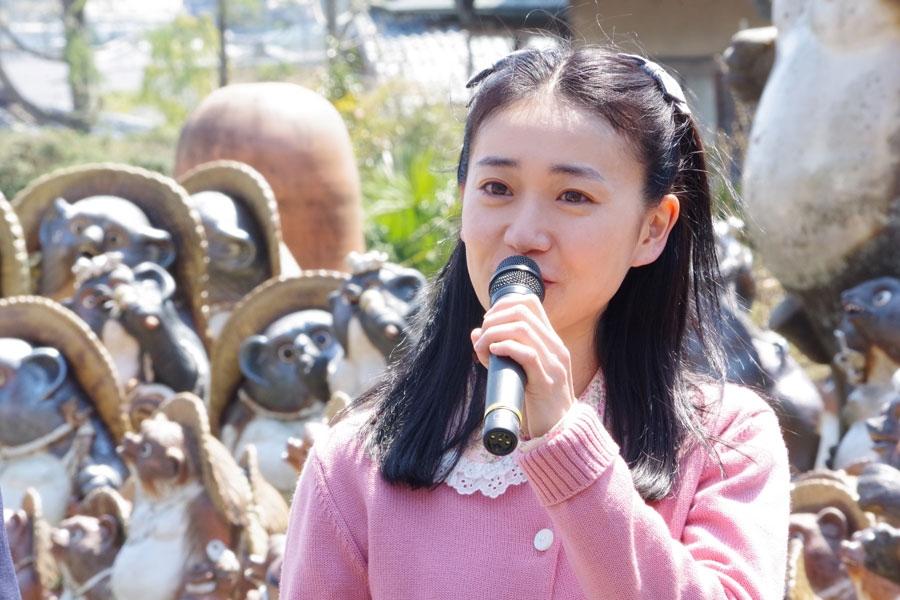 ヒロイン演じる戸田恵梨香が15歳の役柄で、「私も15歳、隣に同じ年がいるのでとても心強いです」